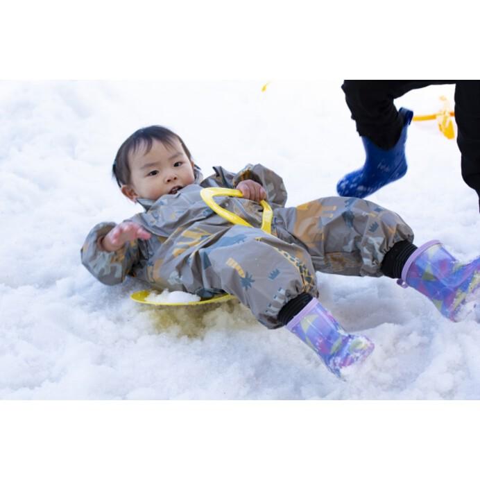 雪遊びに子供が夢中に!雪遊びの種類やおすすめの服装、注意点をチェック