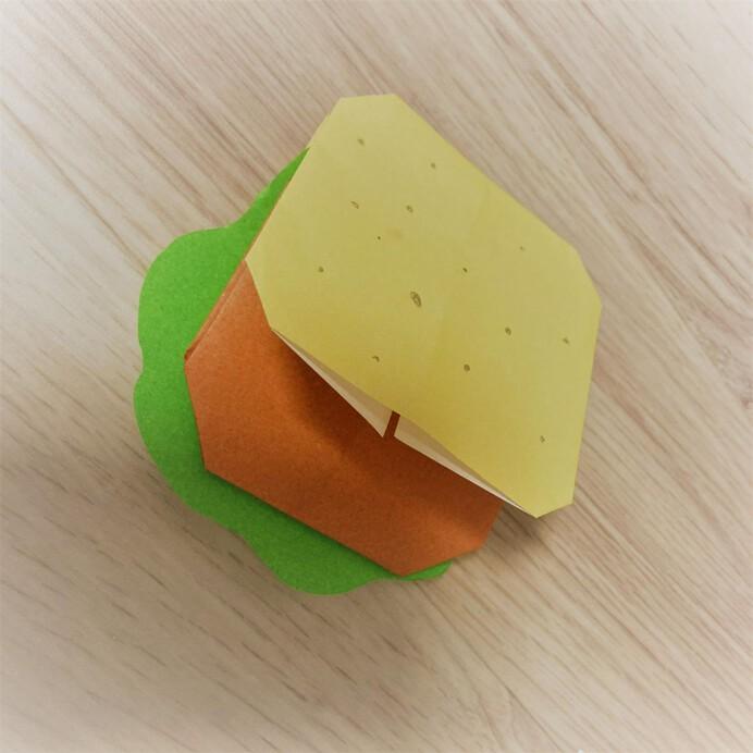 折り紙のハンバーガー