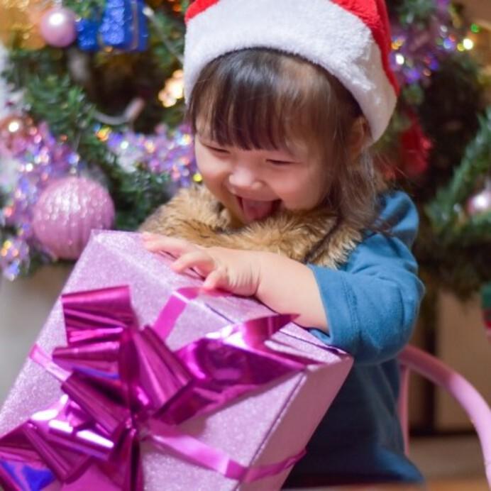 【2021年最新】女の子に人気のクリスマスプレゼントランキング!年齢別におすすめギフトを紹介